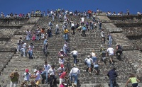 Tourists at the Pyramid of the Sun, Teotihuacan, Mexico Source: Eye Ubiquitous / Rex Features